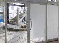 保育施設窓ガラスフィルム施工時画像